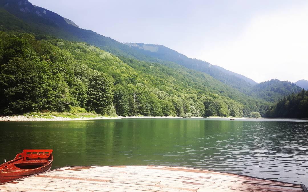 Biogradsko jezero nel Parco Nazionale di Biogradza Gora