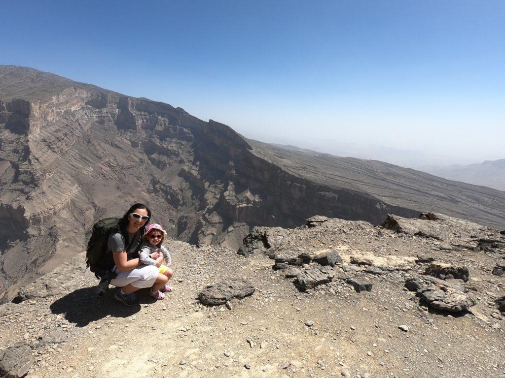 Il balcony walk, sentiero lungo il Grand Canyon dell'Oman