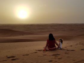 Deserto dell'Oman al tramonto Wahiba sands