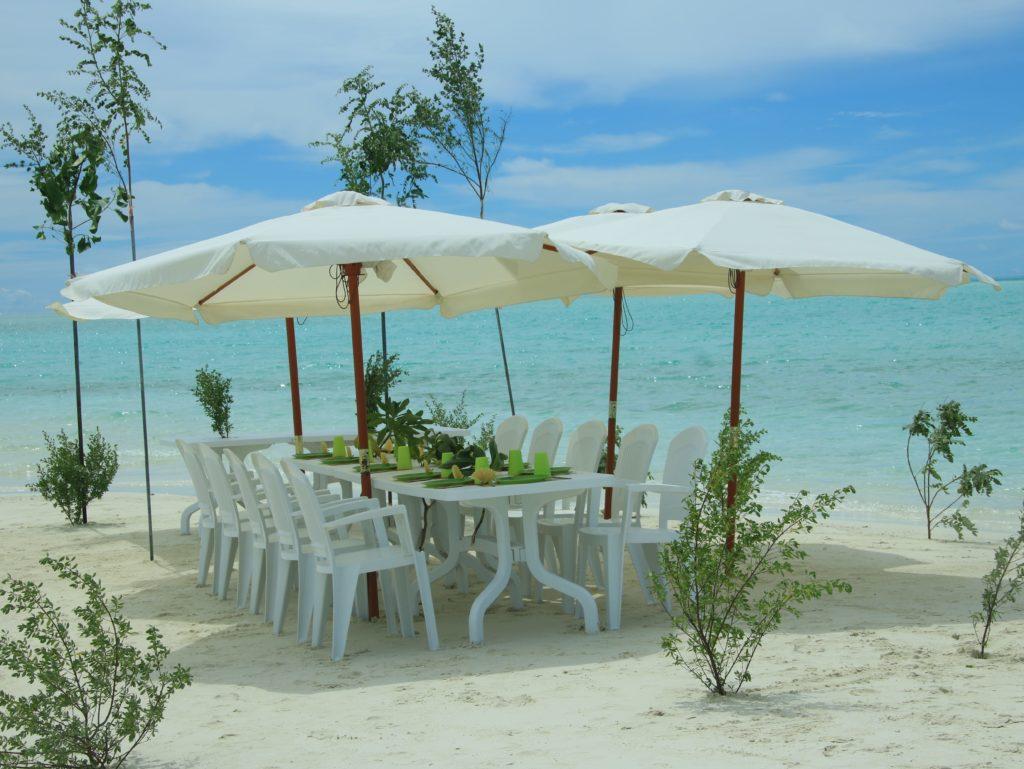 Pranzo sull'isola di Bodumora Keyodhoo, maldive in guesthouse