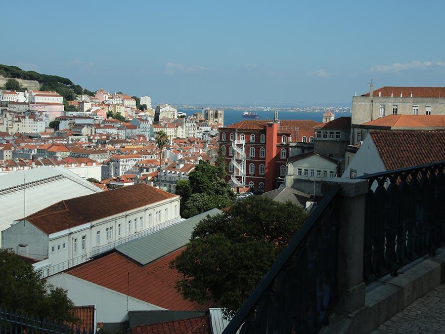 Miradouro de Sao Pedro de Alcantara Lisbona